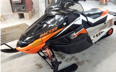 2011 F Series Arctic Cat 500 LXR